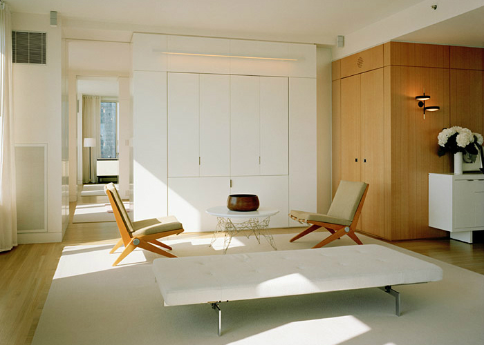 Poul_Kjaerholm_interior_space_1